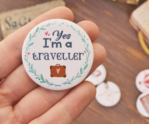 Spilla illustrata I'm a traveller