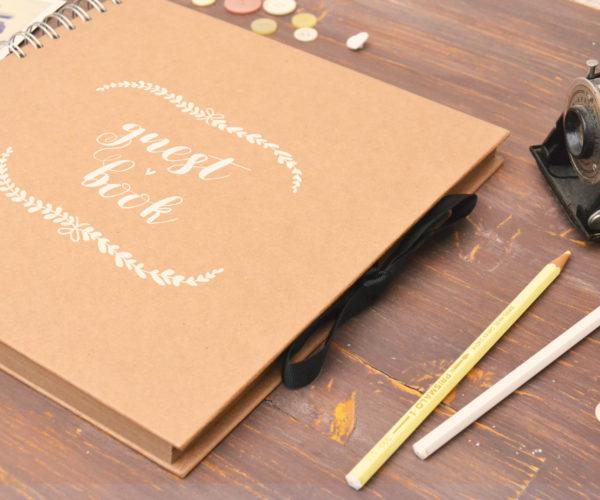 Guest book con copertina dipinta a mano
