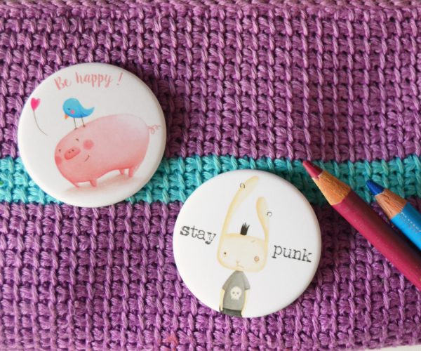 Spille illustrate Be happy e Stay punk