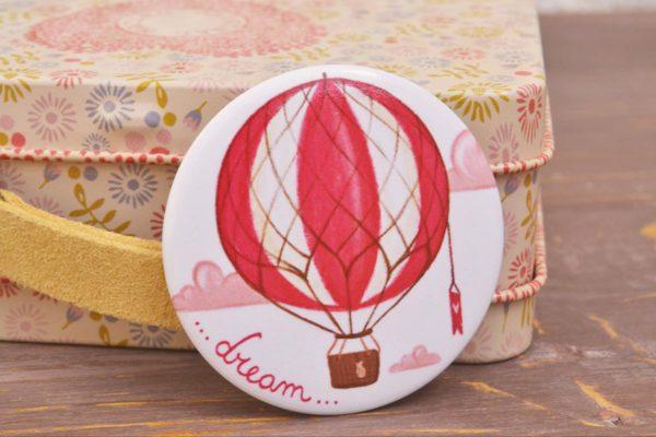 Illustrated pin Dream
