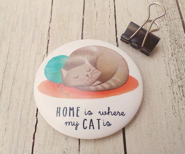 Illustrated magnet Cat