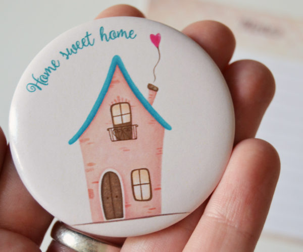 Illustrated magnet Home sweet home