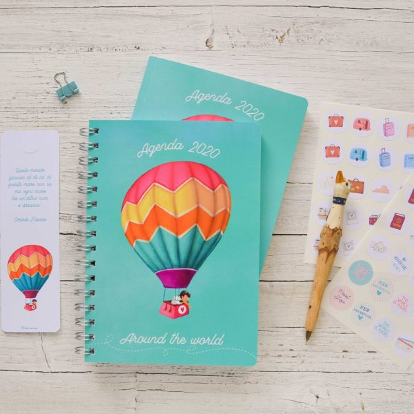 2020 Weekly planner diary Around the world