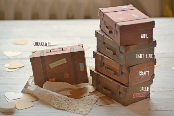 Available colors for miniature cardboard suitcase