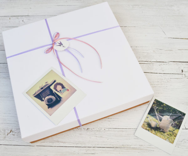 Photo album box with Ribbon