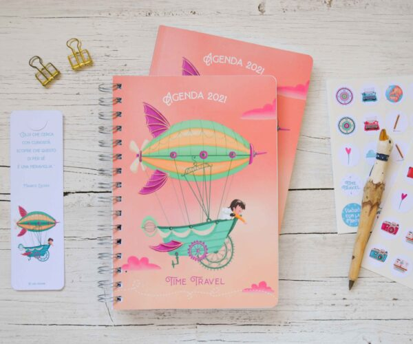 2021 Weekly planner diary Time travel